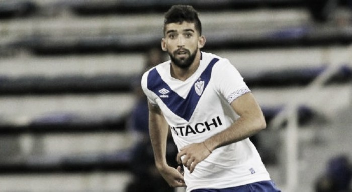 Anuario Vélez Sarsfield VAVEL 2017: Emiliano Amor, de la titularidad al adiós