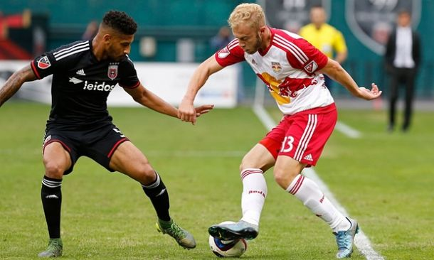 Score New York Red Bulls - DC United 2015 MLS Cup Playoffs (1-0)