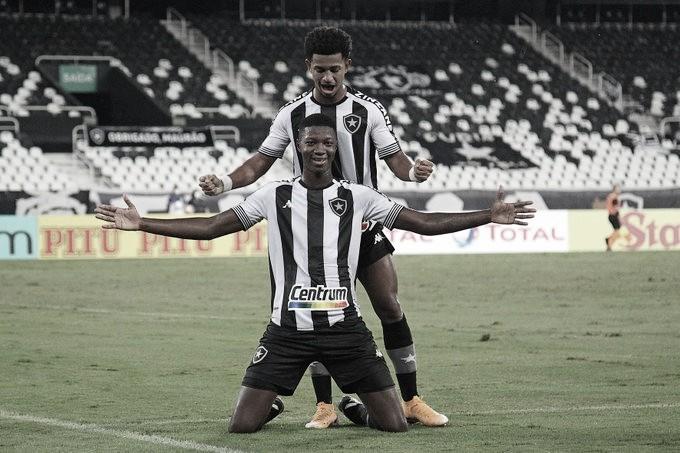 Fluminense desiste, e Athletico fica mais perto de tirar Matheus Babi do Botafogo