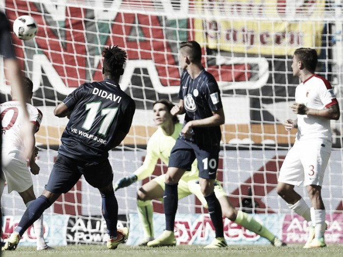 FC Augsburg 0-2 VfL Wolfsburg: Didavi and Rodriguez get Wolves off to super start