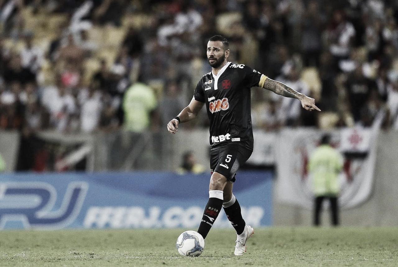 """Castan fala sobre derrota nos pênaltis, lesão e ressalta: """"Campeonato ainda não acabou"""""""