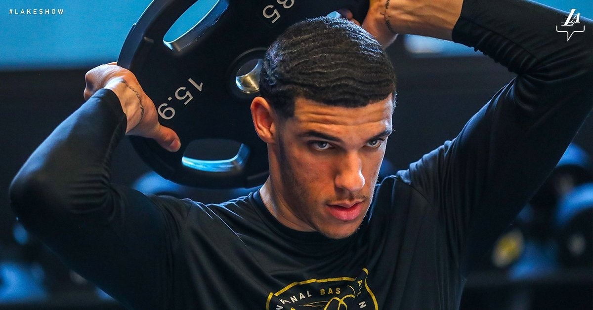 NBA - Infortunio al menisco per Lonzo Ball