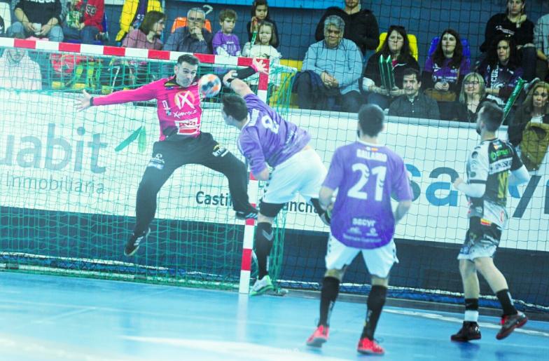 Quabit Guadalajara 26-28 Ángel Ximénez - Avia P.G.