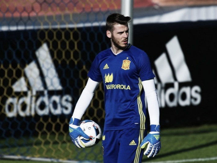 Mourinho the right man for United, says de Gea