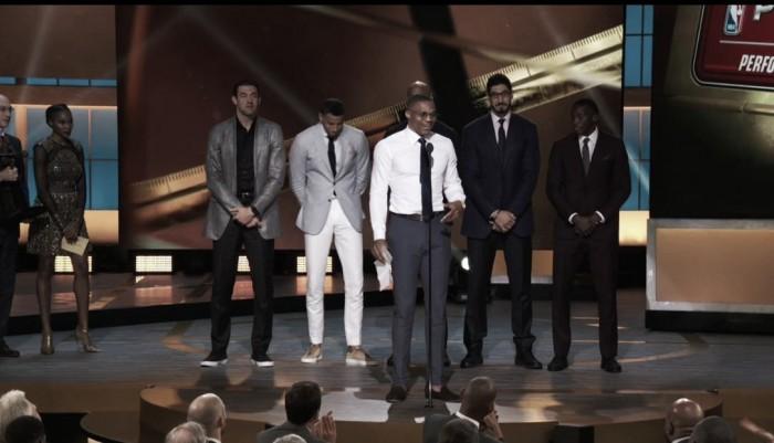 Westbrook é eleito MVP da temporada em noite de premiações do NBA Awards