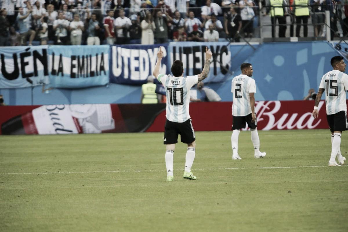 Na garra e no sufoco, Argentina supera Nigéria e se garante nas oitavas
