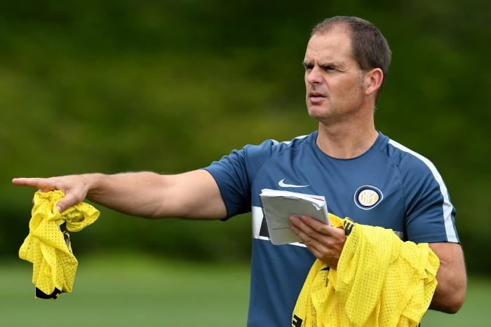 """De Boer: """"Vogliamo i 3 punti, questa è la cosa più importante per domani"""""""