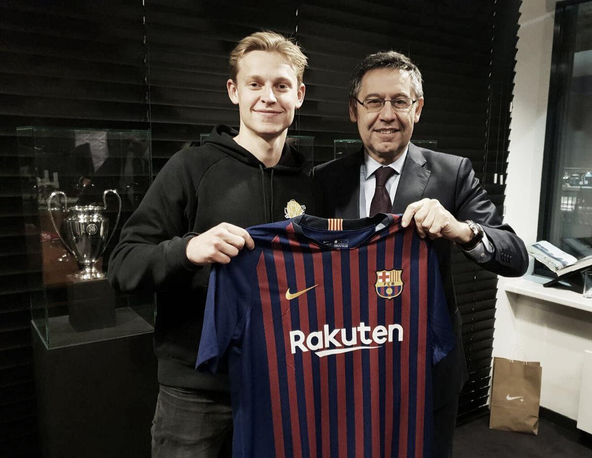 El Barcelona hace oficial el fichaje de Frenkie De Jong