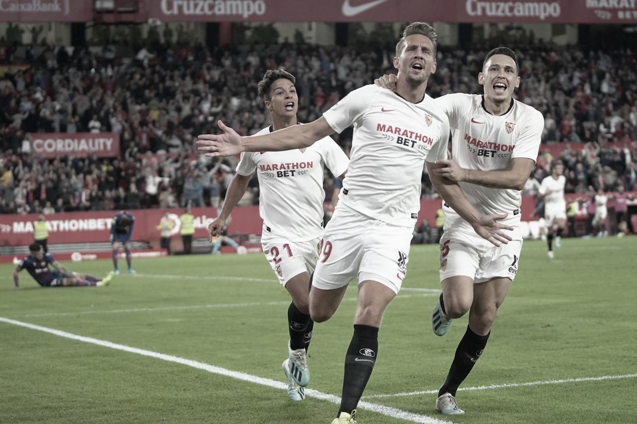 ¿Quién debe ser el '9' del Sevilla?