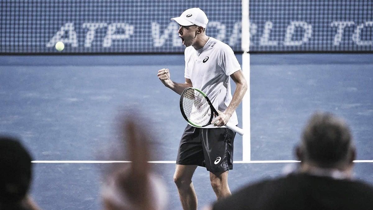 De Minaur salva match points, elimina Rublev e desafia Zverev na final em Washington