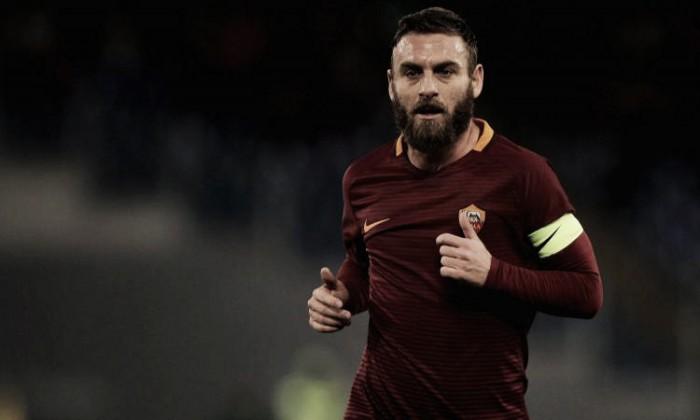 Roma, niente Cina per De Rossi: Capitan Futuro è pronto al rinnovo con i giallorossi fino al 2019