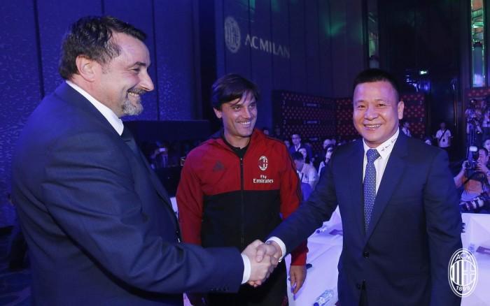 """Milan, è iniziata la tournée cinese. Yonghong Li: """"Sorprenderemo ancora i nostri tifosi"""""""