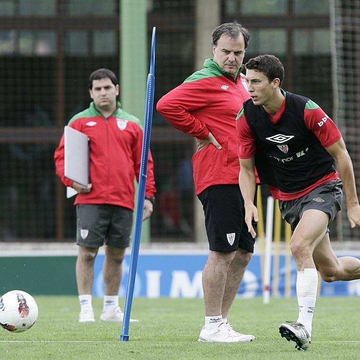 De Marcos y Bielsa, en el once ideal de la UEFA