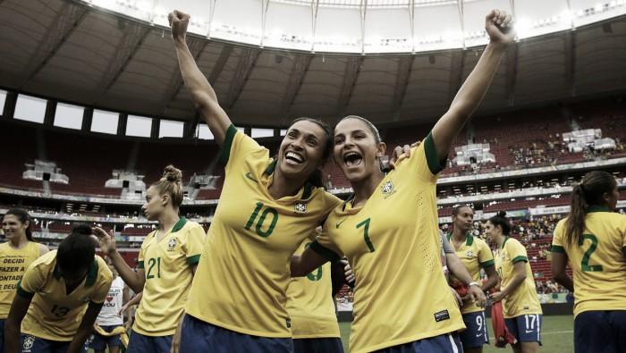 Debinha será a substituta de Cristiane no Brasil
