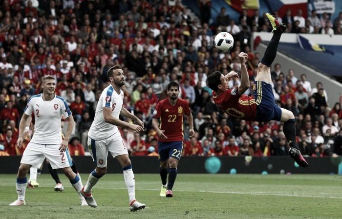 Media hora para Aduriz en el debut de España en la Eurocopa