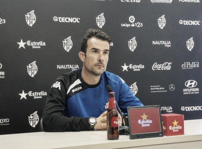 """López Garai: """"Del Real Oviedo me preocupa el inicio del partido"""""""