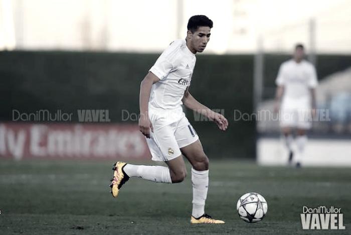 """Achraf: """"Cada minuto que juegue con el Real Madrid seguiré creciendo"""""""