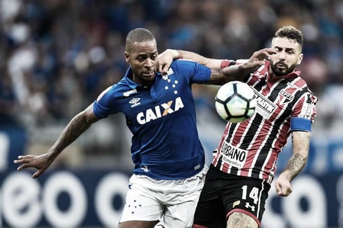 """Afastado do Cruzeiro por lesão, Dedé desabafa em redes sociais: """"Não estou acomodado"""""""