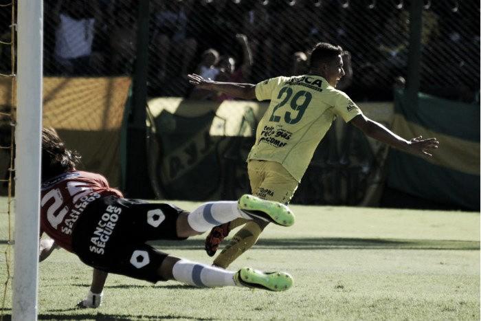 Defensa goleó a Atlético y lo dejó en estado de alerta