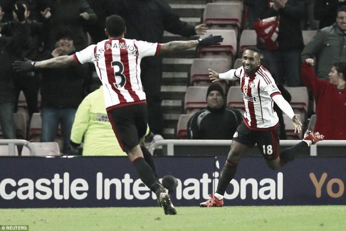 Sunderland 3-1 Aston Villa: Late Defoe double gives Black Cats vital three points