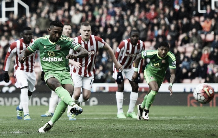 Stoke City 1-1 Sunderland: Late Defoe penalty hands Sunderland lifeline