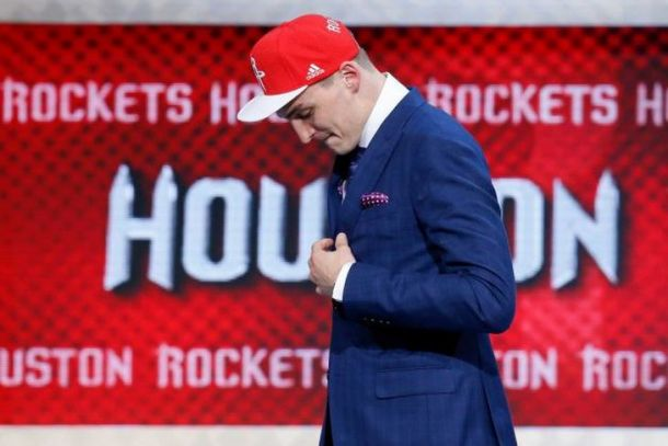NBA, miglioramenti evidenti per il rookie Sam Dekker degli Houston Rockets