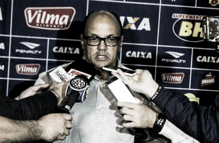 Delamore elogia atuação do Cruzeiro após vitória e exalta vaga antecipada na Copa do Brasil