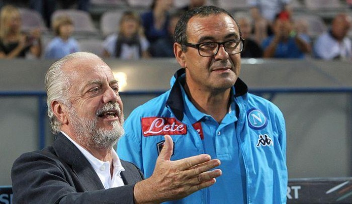 Napoli - Squadra che non vince, non si cambia