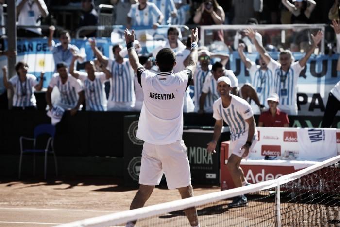 Copa Davis: Edmund brilha novamente e classifica Grã Bretanha; Argentina elimina Itália
