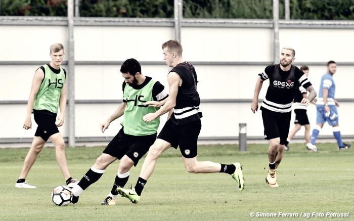 Udinese - Delneri riflette sull'undici da schierare contro il Milan