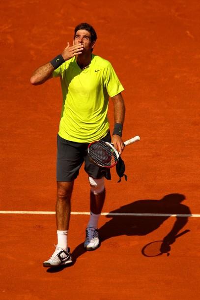 Roland Garros: Montañes asusta a Del Potro