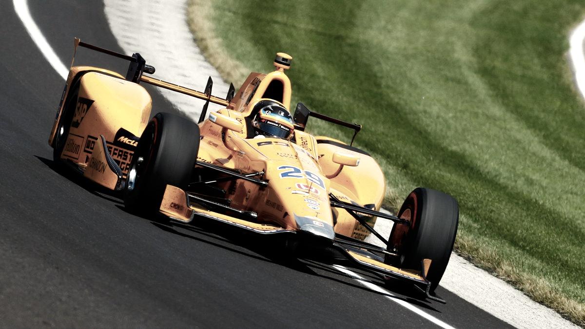 Honda podría motorizar a McLaren en la Indy y Alonso ser su piloto estrella