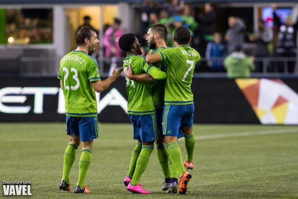 Clint Dempsey Leads Seattle Sounders To Brink Of Western Conference Finals