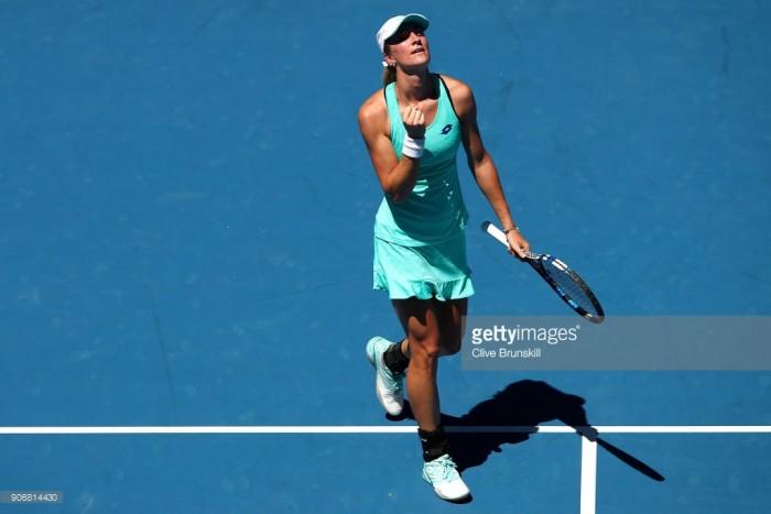 Australian Open 2018: Denisa Allertova reaches last 16 with straight sets win over Magda Linette
