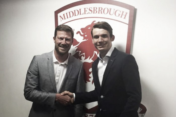 Middlesbrough announce £12 million de Roon signing