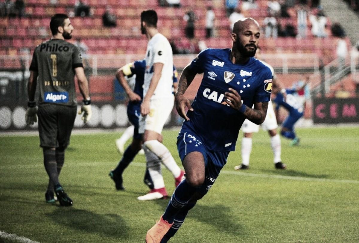 No Pacaembu, Santos perde para o Cruzeiro e aumenta pressão sobre Jair Ventura