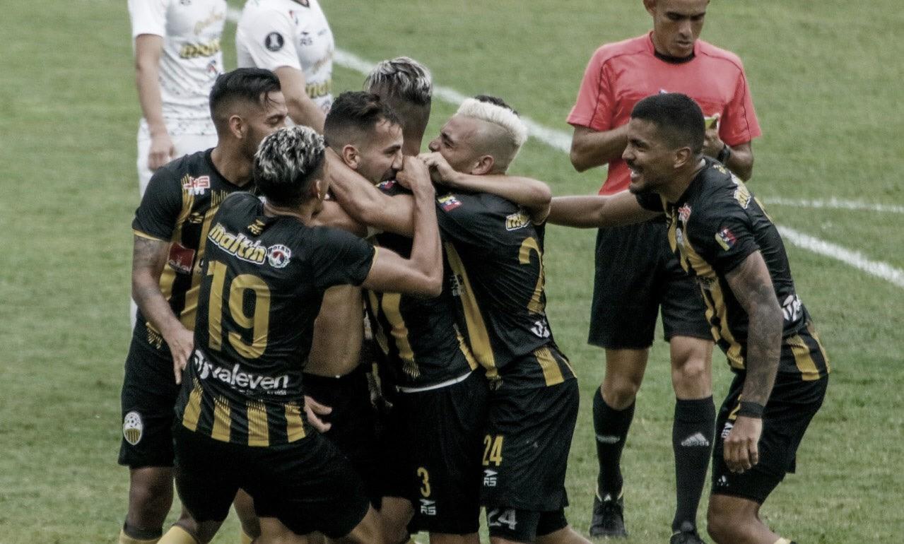 Deportivo Táchira será el rival del DIM en la Copa Libertadores