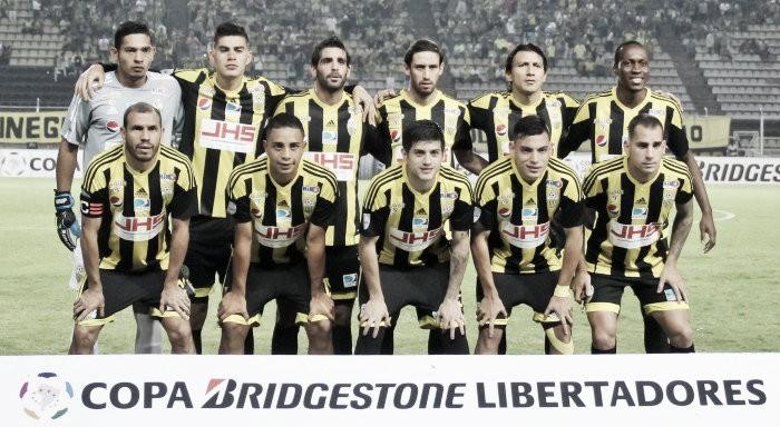 Deportivo Táchira viajó esta mañana a Asunción para disputar la Copa Libertadores