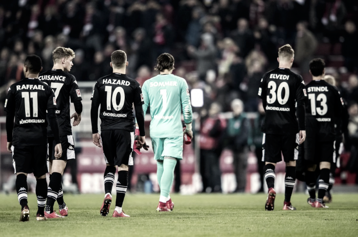 Bundesliga - Vittoria nel derby per il Koln. Dortmund e Wolfsburg si dividono la posta in palio
