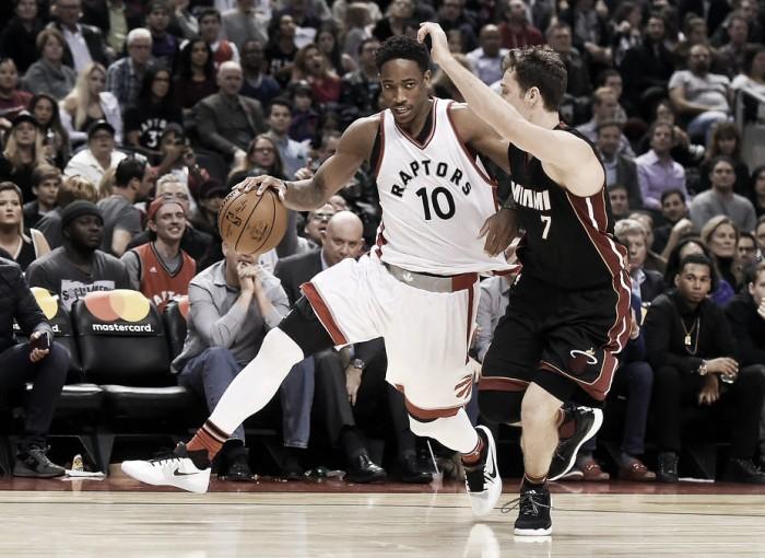 DeRozan, en un inicio a lo Michael Jordan, lideró la victoria de Toronto