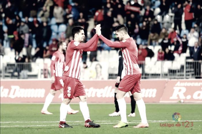 El Almería desaprovecha una oportunidad de oro