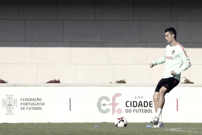 Cristiano deja a Portugal a un paso del Mundial