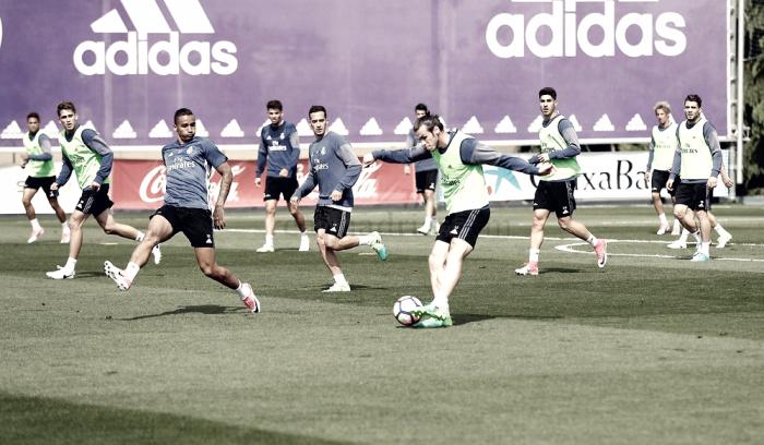Bale entrena y apunta al Clásico