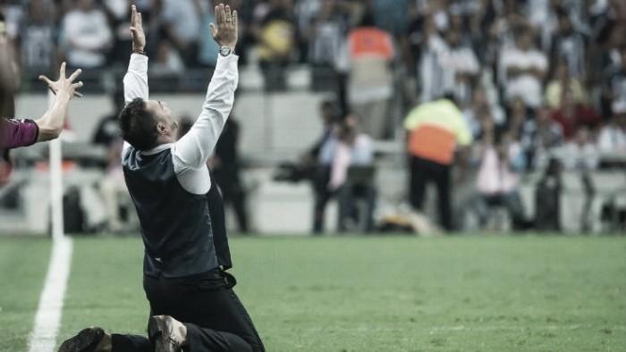"""Antonio Mohamed: """"La idea es continuar en el club"""""""