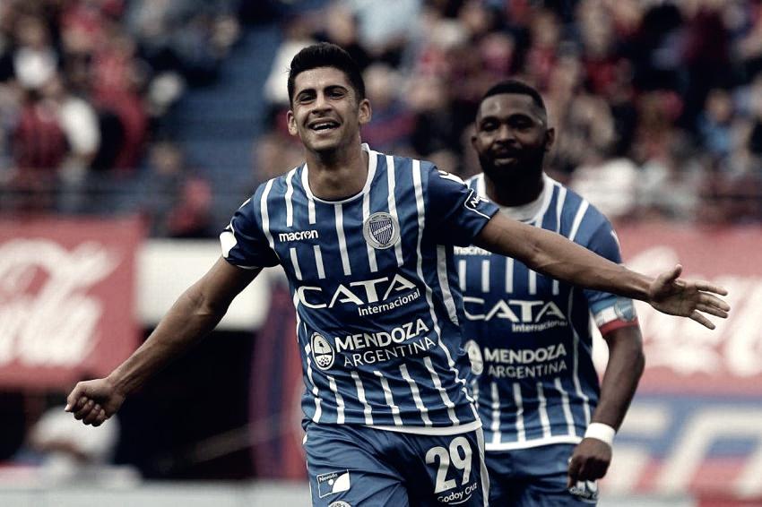 """Luciano Abecasis: """"Creo que estoy en mi mejor momento, por la maduración y mi nivel futbolístico"""""""