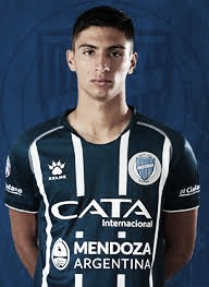 El jugador surgido en las inferiores del club debutó, con 17 años, el 20 de octubre del 2018, contra Aldosivi. Foto: Club Godoy Cruz.