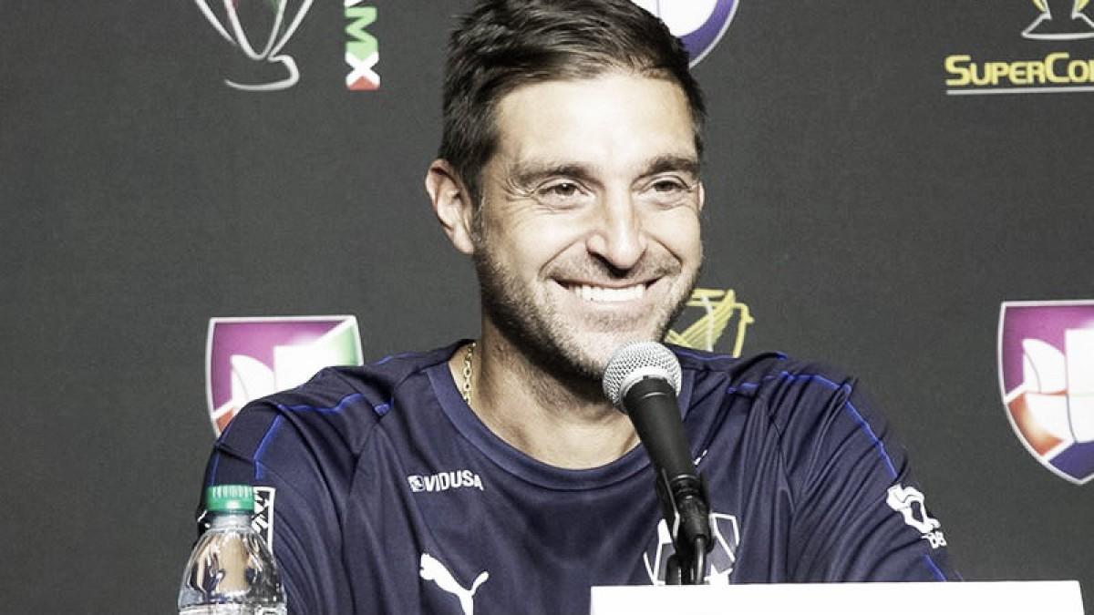 """Diego Alonso: """"Lo rescatable es que tuvimos un partido de alta exigencia"""""""