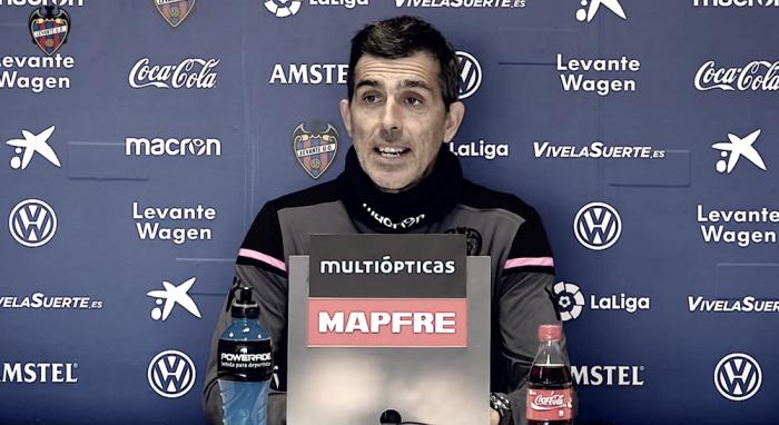 """Muñiz: """"Ante el Espanyol confianza ninguna, trabajo, mucho"""""""
