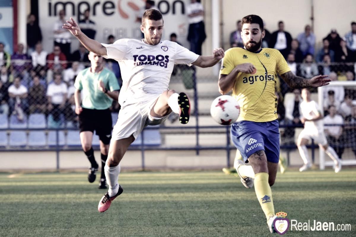 Previa Real Jaén - Huétor Tájar: ganar para creer