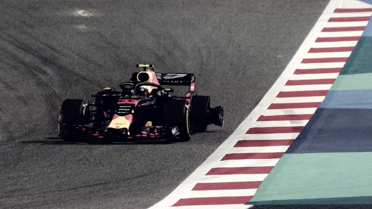 """Verstappen: """"No pensaba quedarme detrás de Hamilton"""""""
